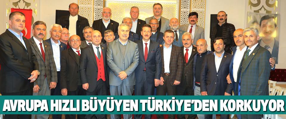 Avrupa Hızlı Büyüyen Türkiye'den Korkuyor