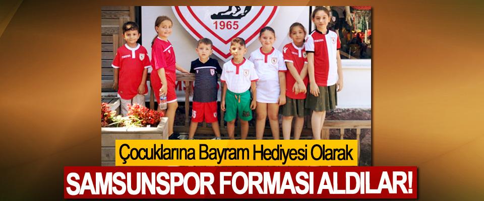 Çocuklarına Bayram Hediyesi Olarak Samsunspor Forması Aldılar!