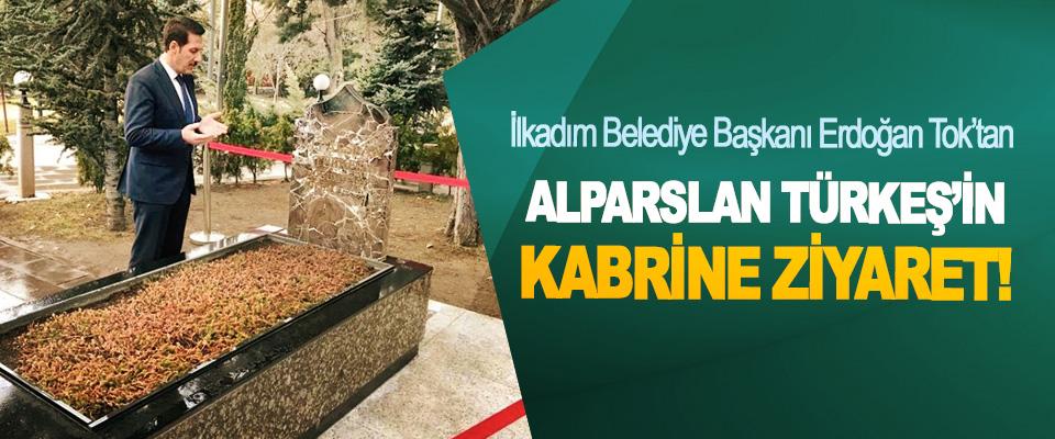 İlkadım Belediye Başkanı Erdoğan Tok'tan Alparslan Türkeş'in kabrine ziyaret!