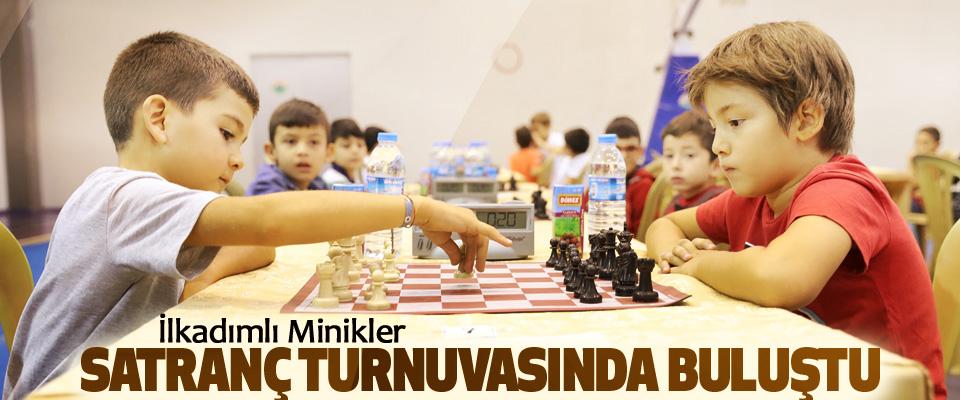 İlkadımlı Minikler Satranç Turnuvasında Buluştu