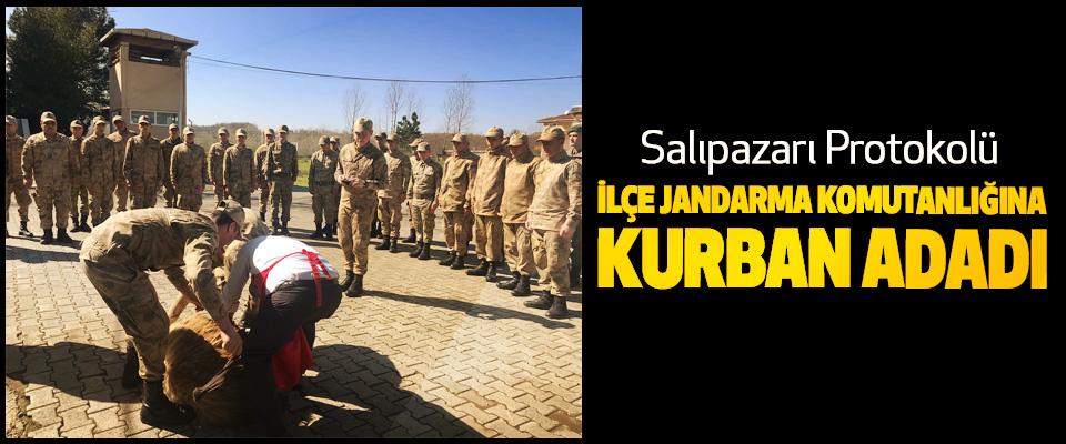 Salıpazarı Protokolü İlçe Jandarma Komutanlığına Kurban Adadı