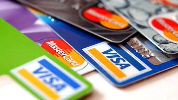 Kredi kartınızı garsona vermeyin!