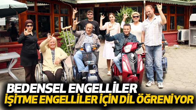 Bedensel Engelliler İşitme Engelliler İçin Dil Öğreniyor