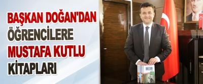 Başkan Doğan'dan Öğrencilere Mustafa Kutlu Kitapları