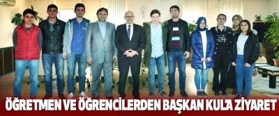 Öğretmen Ve Öğrencilerden Başkan Kul'a Ziyaret