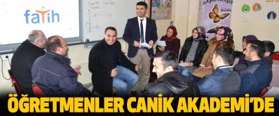 Öğretmenler Canik Akademi'de
