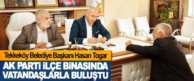 Tekkeköy Belediye Başkanı Hasan Togar Ak Parti İlçe Binasında Vatandaşlarla Buluştu