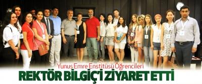 Yunus Emre Enstitüsü Öğrencileri Rektör Bilgiç'i Ziyaret Etti